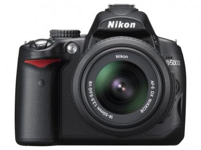 Nikon D5000 + 18-105 AF-S DX VR