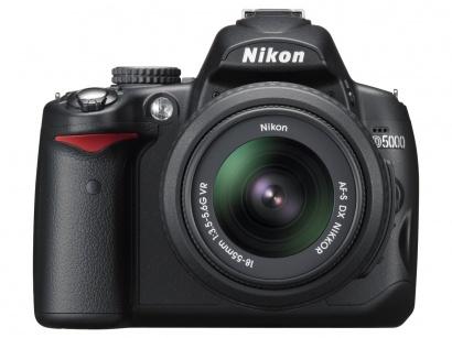 Nikon D5000 + 18-55 AF-S DX VR