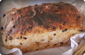 Domácí chléb z domácí pekárny