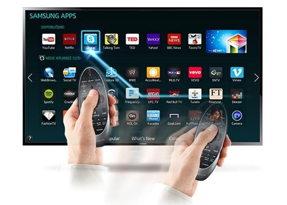 Jednoduché ovládání televizoru pomocí touchpadu a pohybu